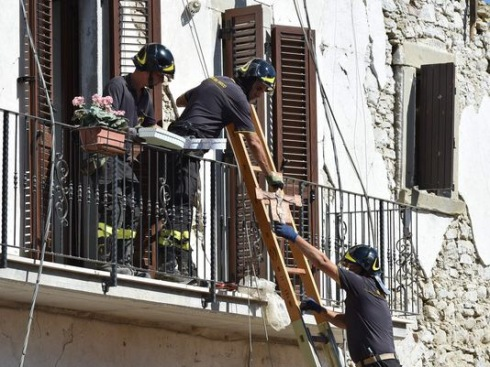 Pope Francis Italy Earthquake Church Universal